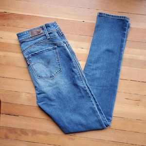 Levi's revel demi curve skinny Jean's sz 26